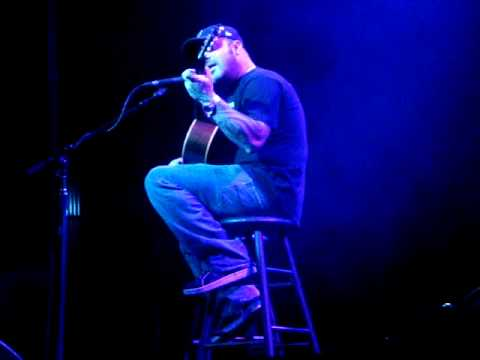 Aaron Lewis (Staind) Borgata - Music Box - Atlantic City 14/2/09 'Take This'