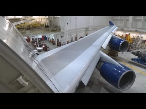 (HD) Delta Air Lines Boeing 747-400 Minneapolis International Airport / Up Close & Personal