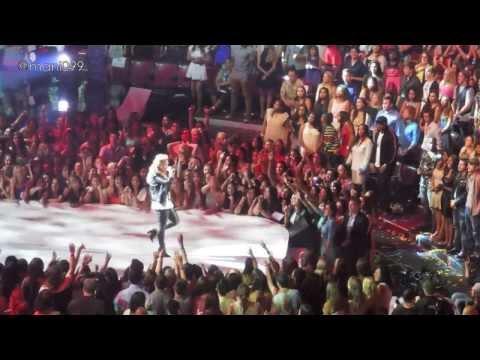 TCA'S 2013: Demi Lovato Performing
