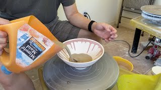 464. Glazing A Thin Wall Chattering Texture Bowl With Hsin-Chuen Lin 林新春 跳刀瓷碗上釉示範
