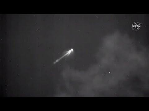 pegasus-rocket-launches-nasa-icon-mission