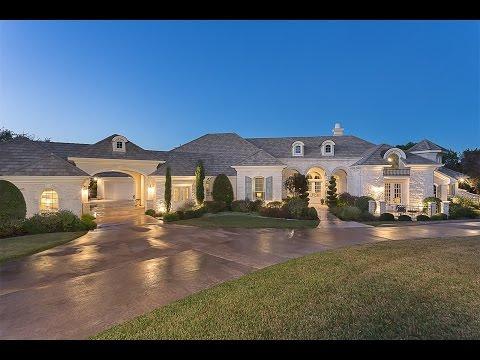 Enduring Lakefront Estate in Austin,Texas