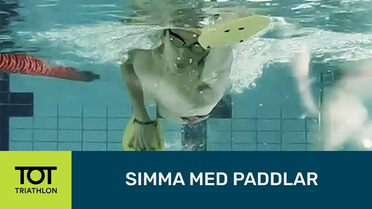 simma med paddlar