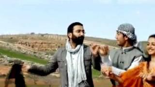 Ergin Xelikan- POTPORÎ- QLÎBE NÛ-(Yeni Klip) Ağustos 2011♫♫ [HQ]