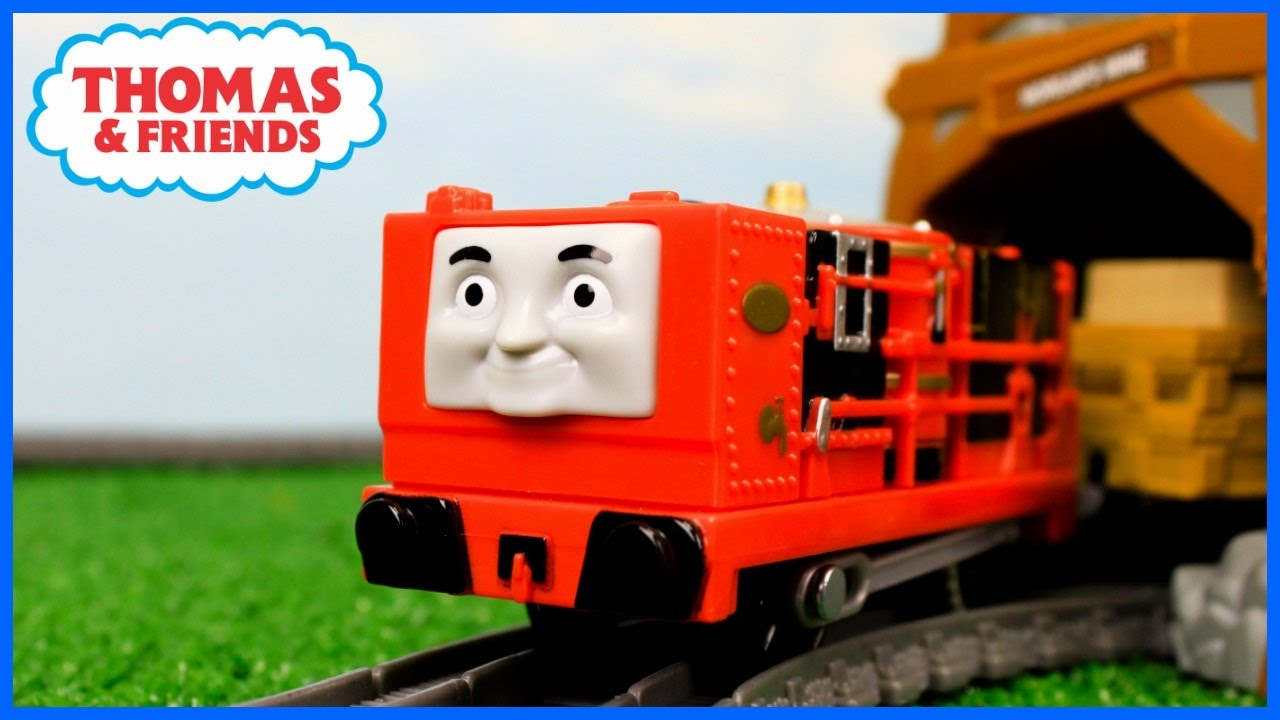 Thomas And Friends New Engine Trackmaster Glynnthe Adventure Begins
