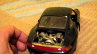 Porsche carrera 911 (1993) burago 1:18