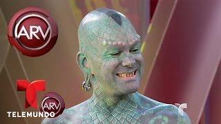 Hombre lagarto visita Al Rojo Vivo y muestra actos extremos | Al Rojo Vivo | Telemundo