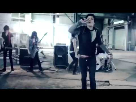 Locked and Loaded -Youth in Revolt (OFFICIAL MUSIC VIDEO)