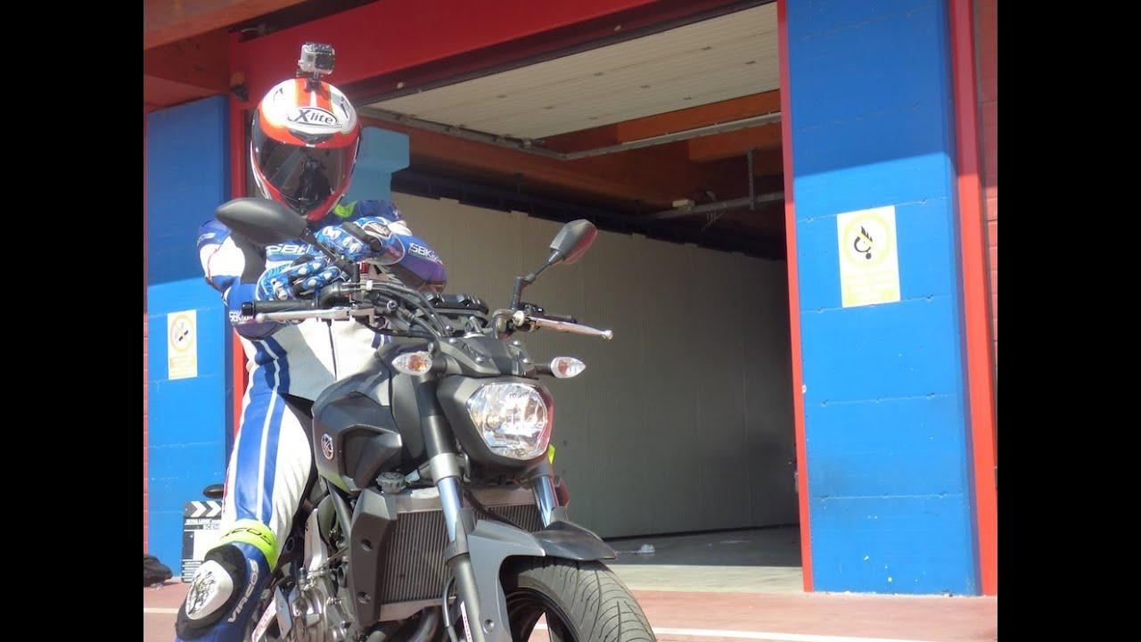 yamaha mt-07: test ride in pista e su strada - youtube
