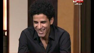 فيديو إلهام شاهين تسخر من شعر نجم مسرح مصر على الهواء