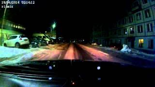 Метеорит над Мурманском meteorite Murmansk 19.04(Видео Александр Нестеров В ночь с 18 на 19 апреля 2014 года на восточном руднике наблюдали падение метеорита...., 2014-04-19T07:18:15.000Z)