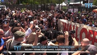 """Protesters """"Wall Off Trump"""" at Doorstep of RNC"""