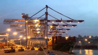 Mona Lisa container ship timelapse at haifa port container terminal