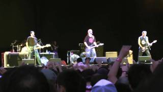 THE OFFSPRING - The Kids Aren't Alright - Summer Sonic 2010 @ Osaka オフスプリング [HD]