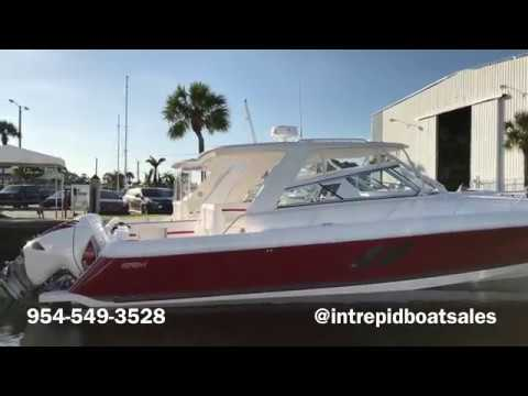 Intrepid 475 Sport Yacht with Triple 627 Seven Marine Outboa