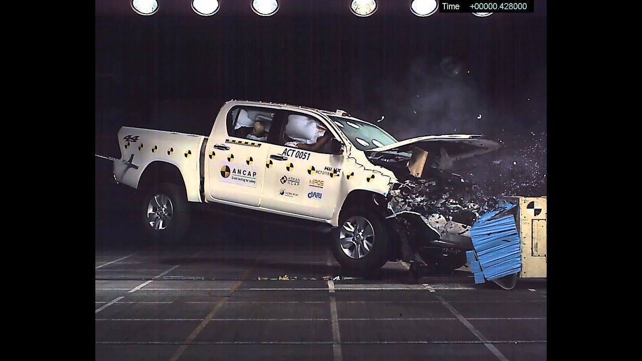 Ancap crash test toyota hilux sept 2015 onwards frontal offset test at 64m h youtube
