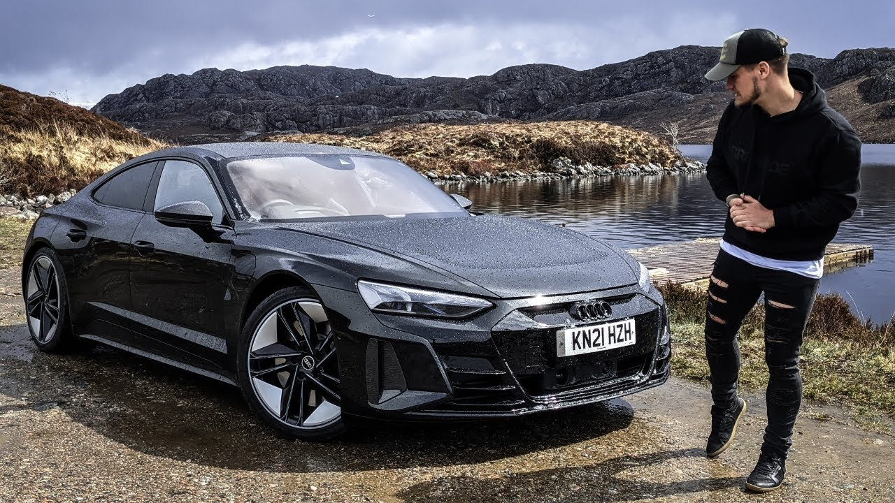 The BIZARRE Story behind Audi's RS e-tron GT 'UFO Sport Sound'