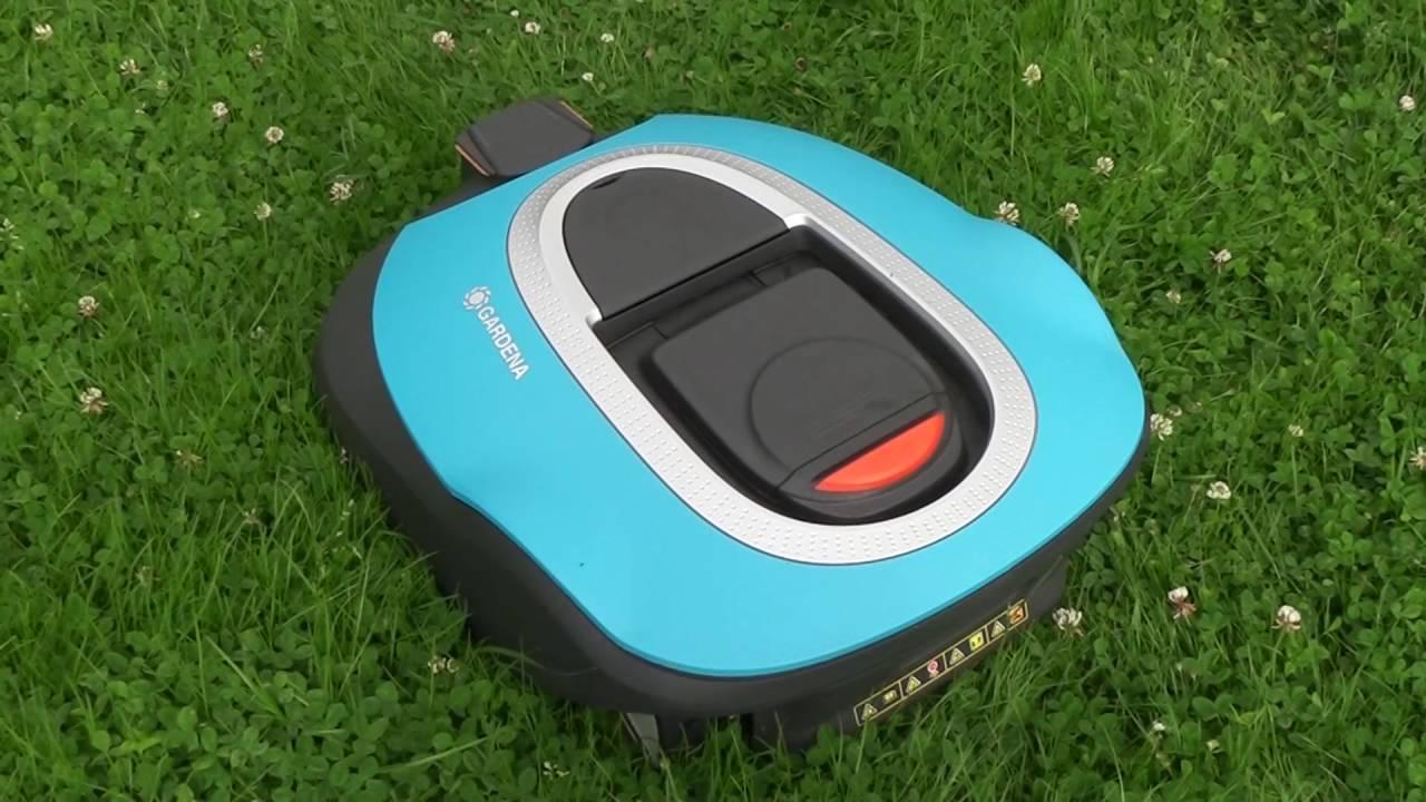 les num riques test de la tondeuse robot gardena sileno r100li youtube. Black Bedroom Furniture Sets. Home Design Ideas