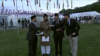 Jalsa Salana UK 2012: Day 2, Social Media Update (English & Urdu)