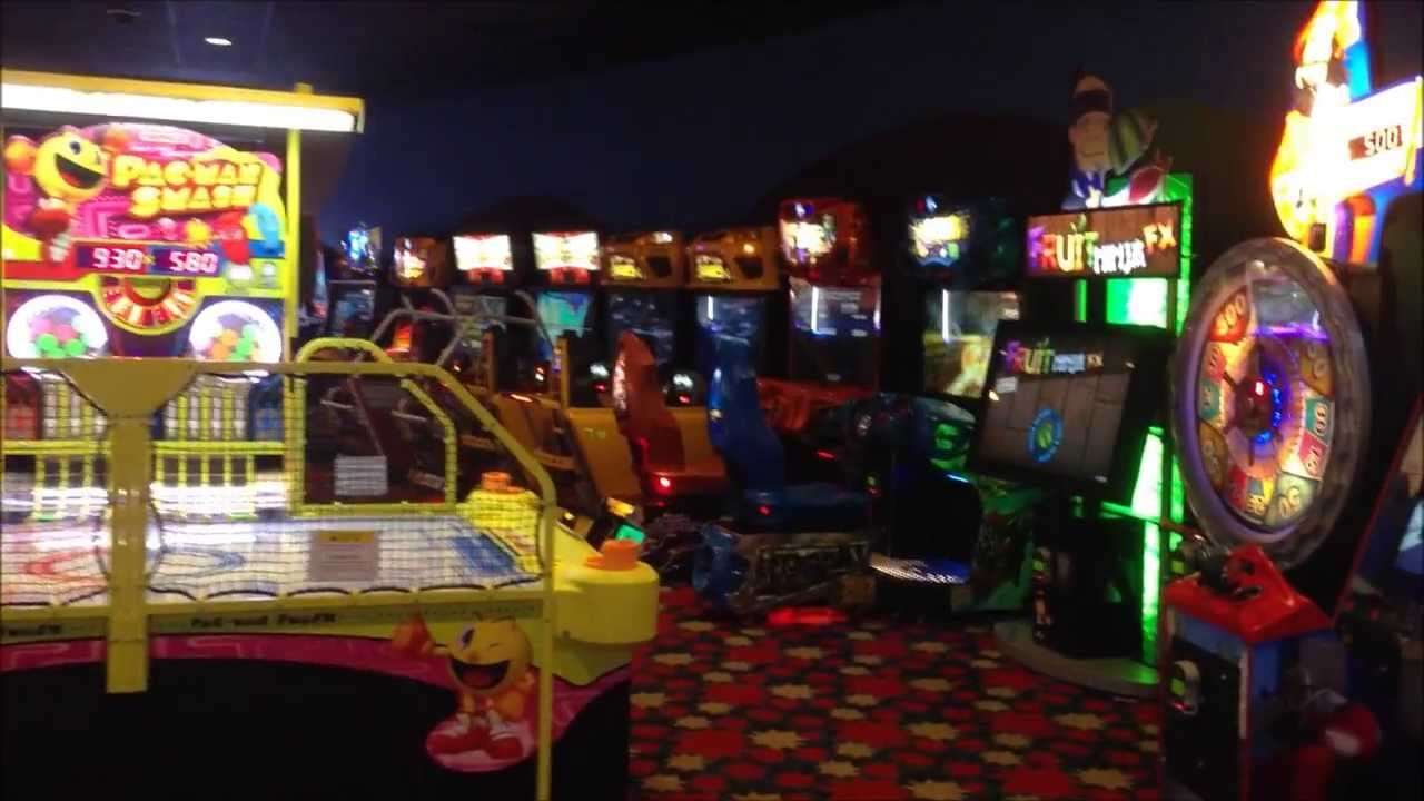 Fast Forward Arcade At Disney S Pop Century Resort Youtube