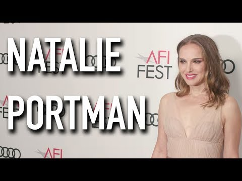 Natalie Portman Interviewed on the VOX LUX Red Carpet Mp3