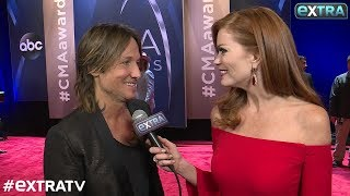 Keith Urban Interview - CMA Awards - EXTRA TV