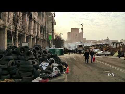 US Pushes to De-Escalate Ukraine Crisis