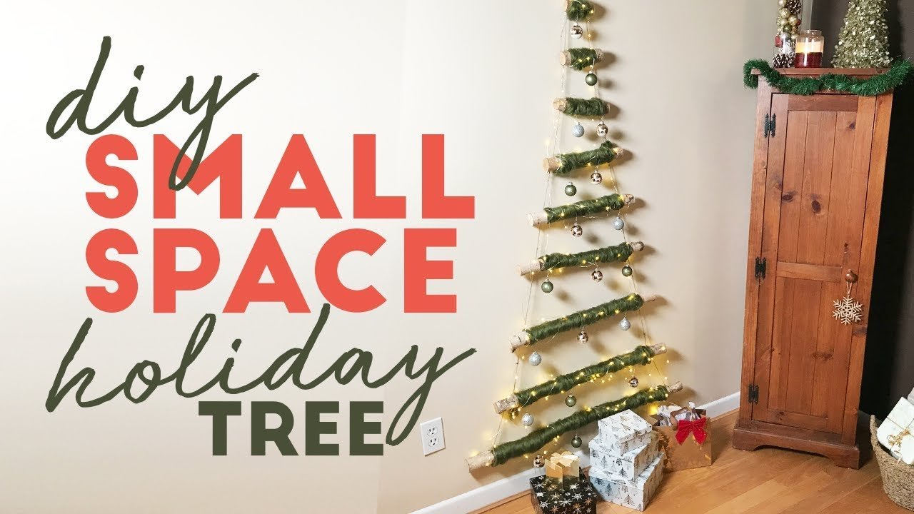 DIY Hanging Christmas Tree | Small Space Solution - YouTube