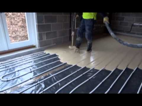 Underfloor Heating and Flowing Screed Install