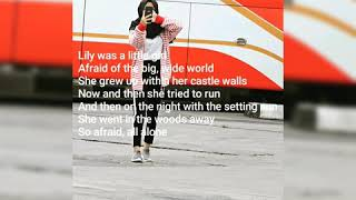 Gambar cover Lirik lagu lily allen walker mp3 k-391