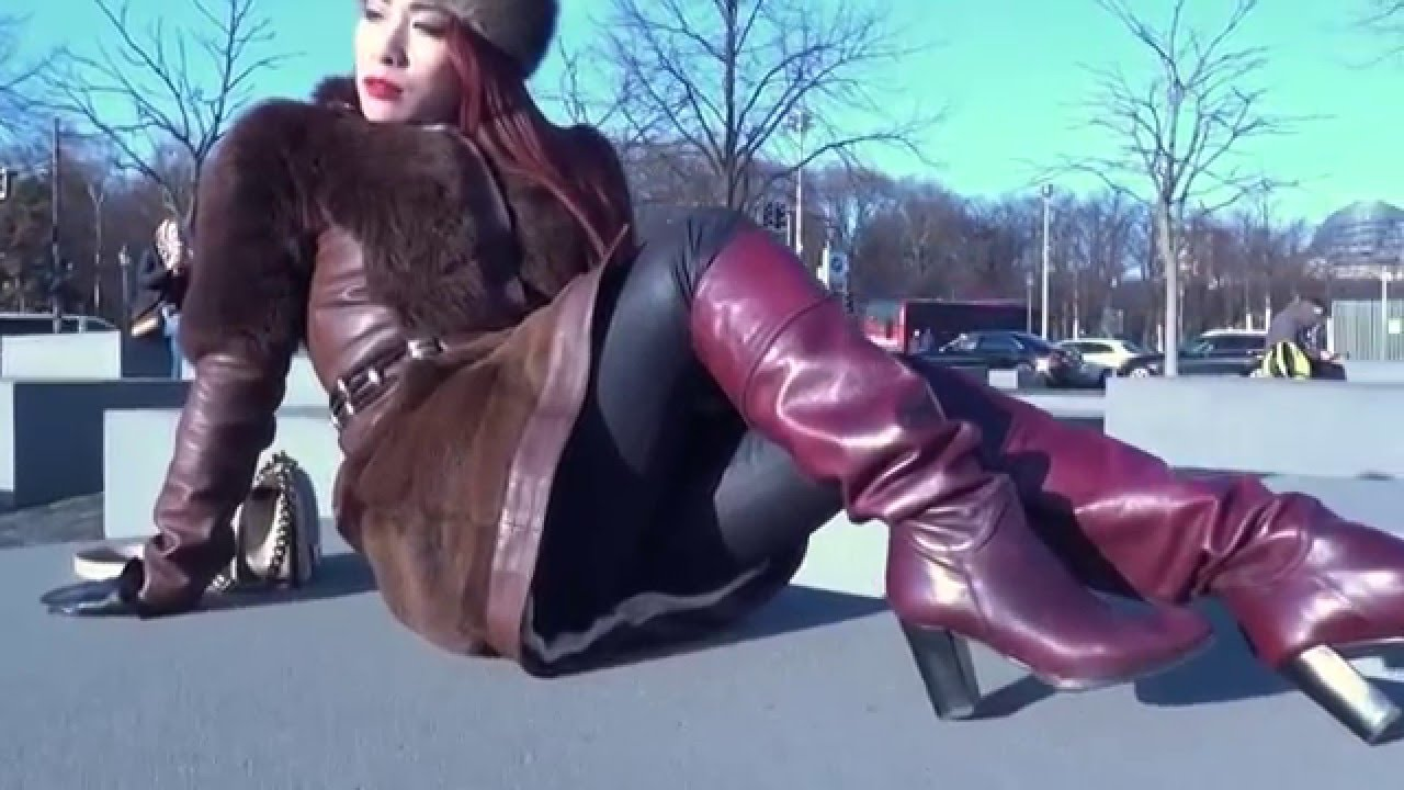 Womens leather gloves purple - Fur Gloves Long Nails Leather Boots And Berlin With Maya Liyer