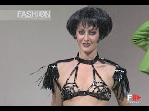 RED OR DEAD Fall Winter 1995 1996 London - Fashion Channel
