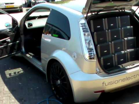 ford focus st fusion audio pimped start dodge challenger. Black Bedroom Furniture Sets. Home Design Ideas