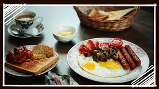 British Breakfast - Hash Browns, Baked Beans, Mushrooms, Sausages, Bacon & Eggs