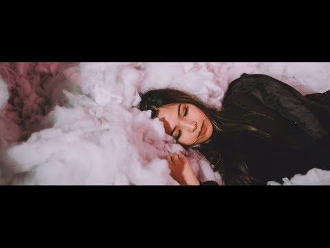 FIIXD X MAIYARAP X YOUNGOHM - กอดฉัน ft. MONA V (Official MV)