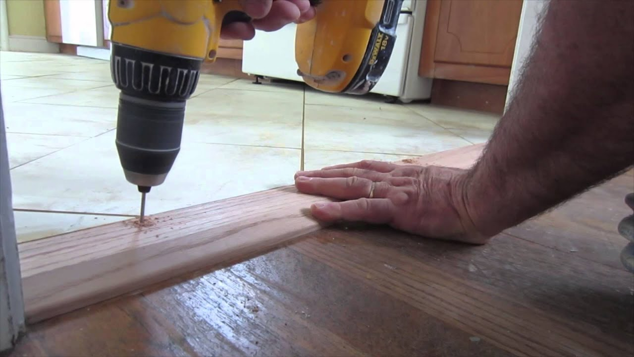 How to install an oak threshold : door saddle - Pezcame.Com