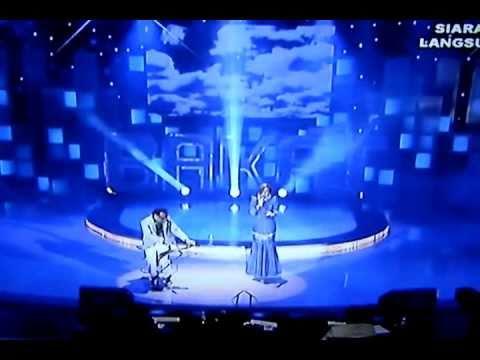 ALYAH-Kisah Hati- (feat) Ismail Jejaka @ Bakat TV 2011