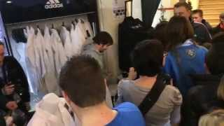 Rafael Aghayev with fans in Adidas store in Paris
