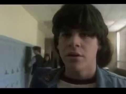 O Rock do Dia das Bruxas 1986 Dublado Completo