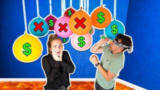 Zerplatze NICHT den FALSCHEN Mystery BALLON   100€ oder NICHTS! 💰 Mit Carina Spoon   Max und Chris