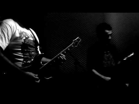 Macgyver the Animal + Purulento(ensaio) - Diplomatic Immunity(cover Napalm Death)