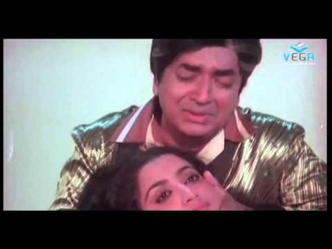Chakravalam Chuvvannappol Movie  Mammootty Best