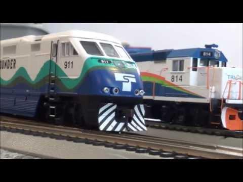 HO scale Sounder Locomotive Revivew & Running