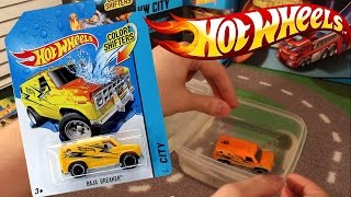 машинка Хот Вилс меняет цвет - Hot Wheels car color shifters(Машинки Хот Вилс ( Hot Wheels). Распаковка и обзор машинок серии Хот Вилс(Hot Wheels Color Shifters), которые меняют свой цвет,..., 2015-02-21T17:24:38.000Z)