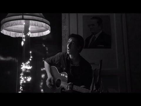 Arctic Monkeys - Star Treatment [Acoustic Cover]