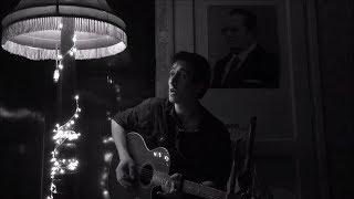 Baixar Arctic Monkeys - Star Treatment [Acoustic Cover]