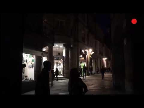 La Praza Maior de Ourense se apaga por la Hora del Planeta