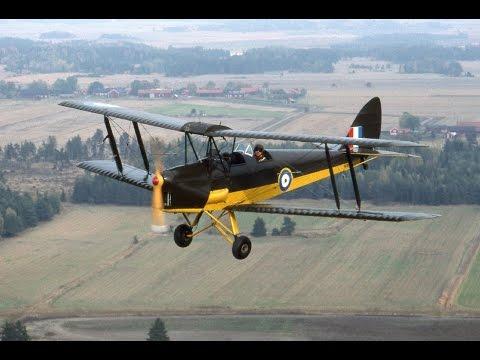Flying a WW2 Tigermoth Bi-Plane (Full Length with Audio) HD 1080