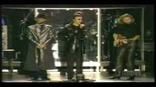 Bee Gees - Live In Sydney ONO 1999 - Holiday