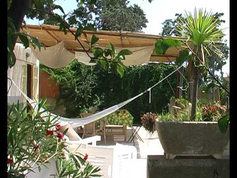 Terrazza Paradiso. Casa di Marisa Savoia e Suad Amiry - YouTube